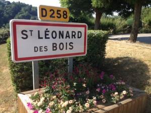 panneau st léonard + fleurs